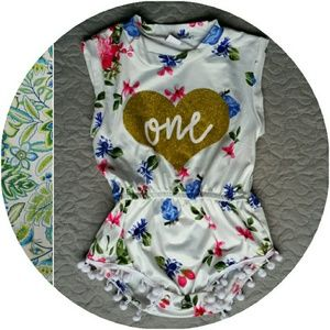 Adorable  1st Birthday Floral Romper EUC